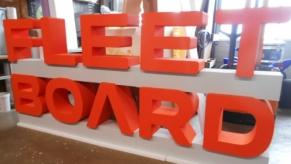 3D-Buchstaben-gross-zum-frei-Stellen