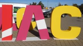 Buchstaben-aus-Styropor-fuer-Werbung