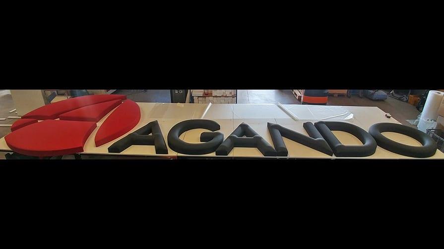 Fassaden-Logo in 3D für Agando Logistik 1