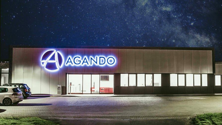 Fassaden-Logo in 3D für Agando Logistik 3